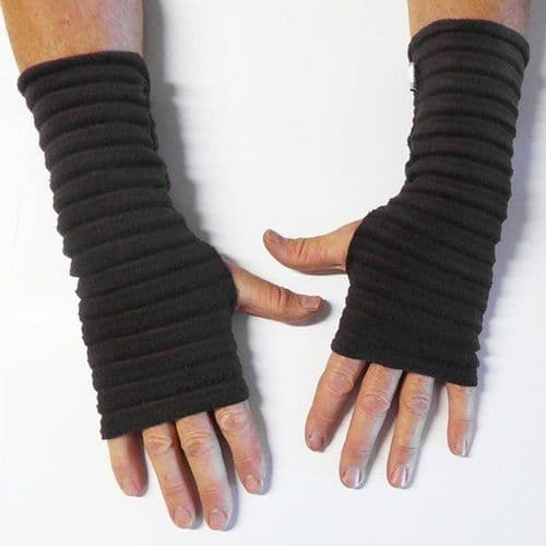 Wristees Men's Wrist Warmers in Black