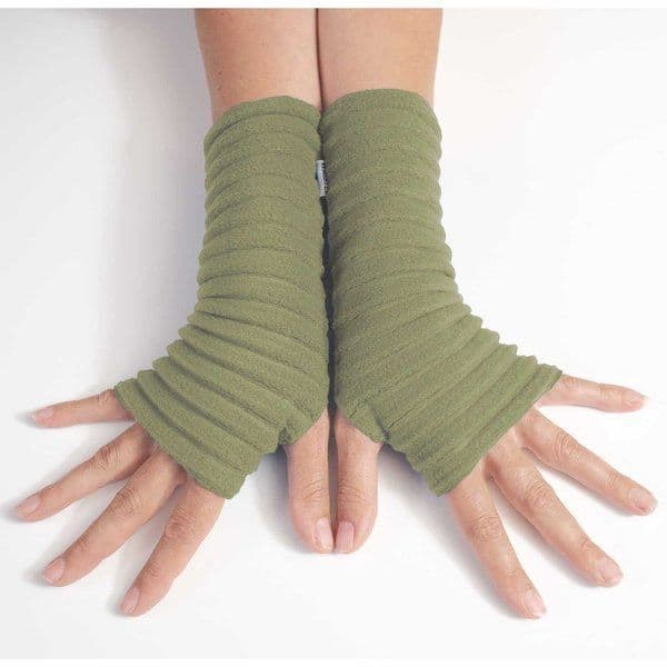 Wristees Wrist Warmers in Avocado