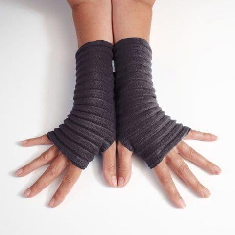 Wristees Super Soft Wrist Warmers in Black