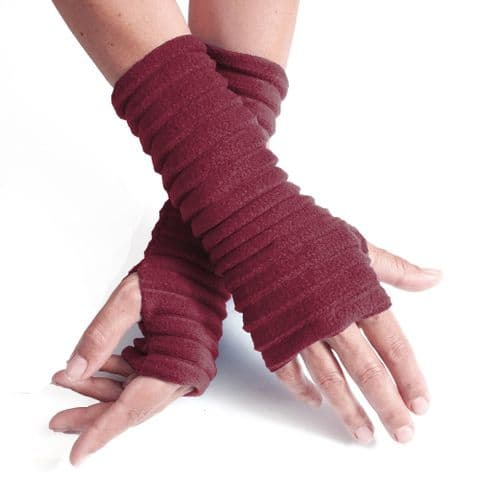 Wristees Super Soft Wrist Warmers in Burgundy