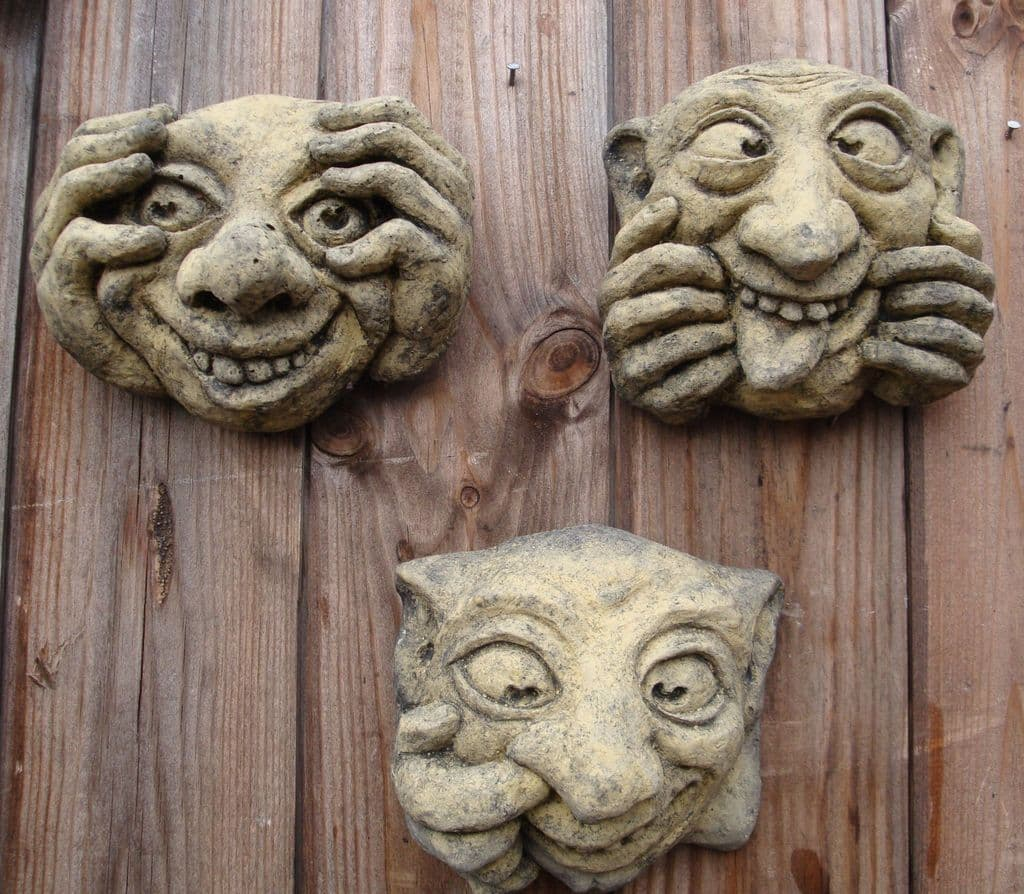 Bogies funny faces set 3 gargoyle wall plaques
