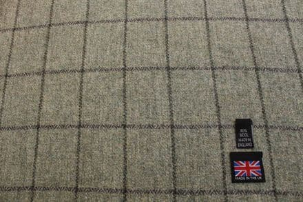 100% Pure New Wool Soft Tweed Windowpane Check Fabric | CZ70