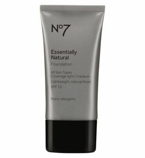 No7 Lift & Luminate TRIPLE ACTION Serum Foundation Warm beige