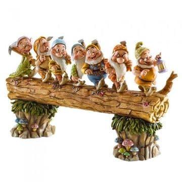 Disney Traditions 4005434 Homeward Bound (Seven Dwarfs)